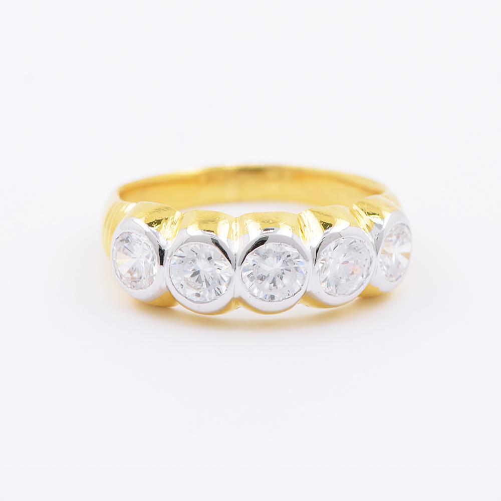 แหวนทอง 18 k เกาะพลอย